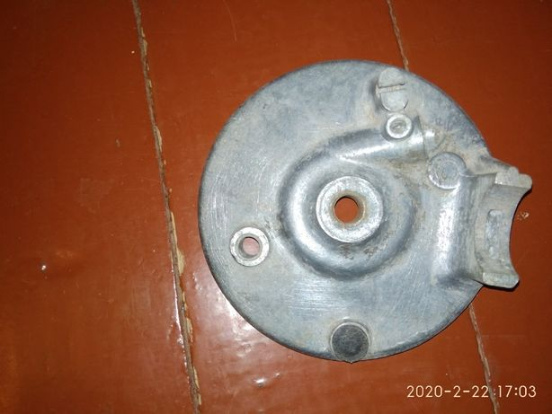 Продам опорный диск(крышка) переднего колеса мотоцикл Минск