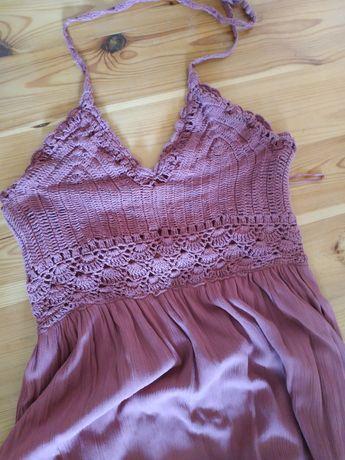Włóczkowa sukienka maxi