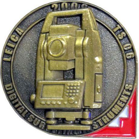 Broszki Leica, Trimble, Carl Zeiss, Geodimeter, Wild Heerbrugg