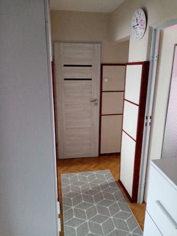 Zamienię mieszkanie własnościowe na dom