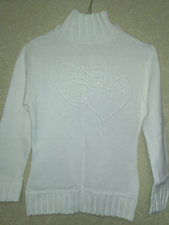 Белоснежный свитер