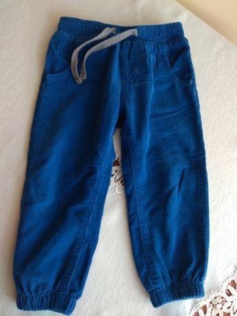 Wygodne spodnie sztruksowe niemowlęce-chłopięce 92cm