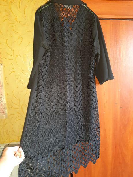 Шикарное платье рубашка из дорогой серии.с вышитым кружевом 52-54р