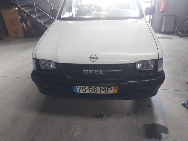 Opel Campo do ano 2000