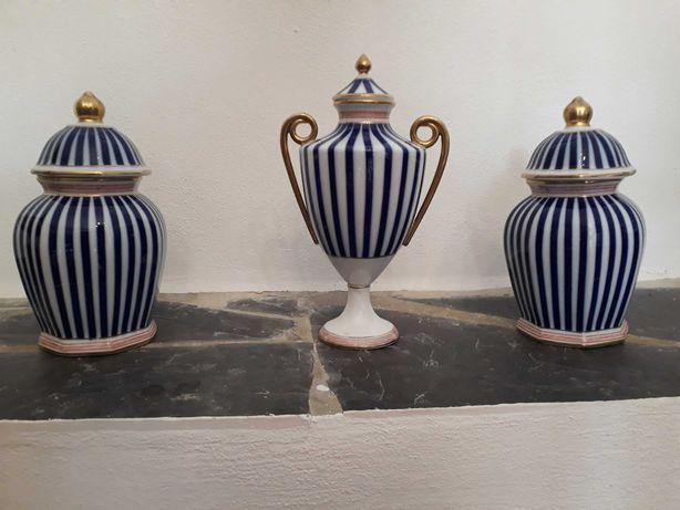 Potes e jarras em porcelona