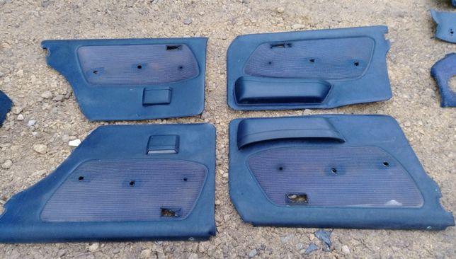 Komplet boczków drzwi tapicerka mercedes w123 wnętrze niebieskie x2