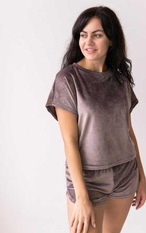 Пижама велюровая с шортами