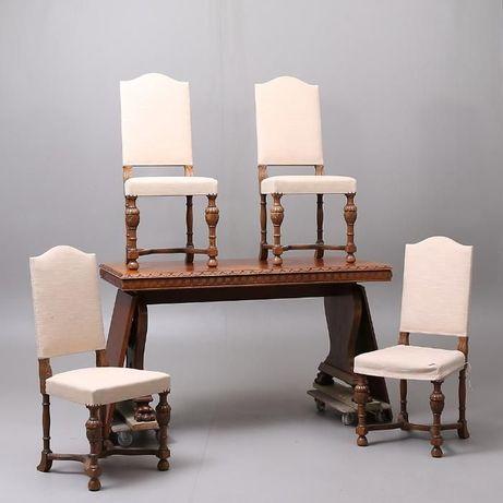 stół i cztery krzesła początek XXw