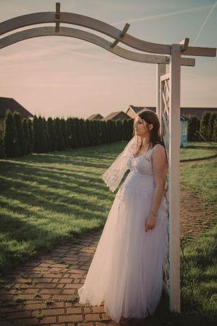 Suknia Ślubna dla ciężarnej.