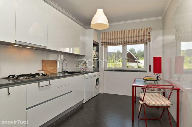 Apartamento T1 com 2 assoalhadas no Funchalinho a 10 mins da praia