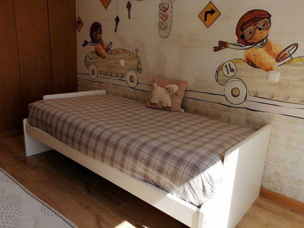 PROMOÇÃO - Cama dupla + dois colchões por 200€