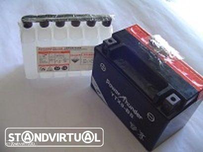 Bateria Honda CBR 900 RR FIREBLADE de 1992 a 1999