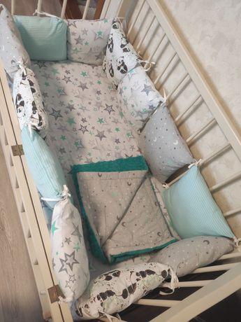 Детское постельное с подушечками)