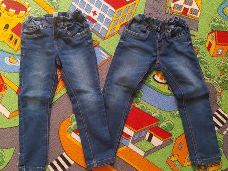 Spodnie C&A rozm 110 dla bliźniaków