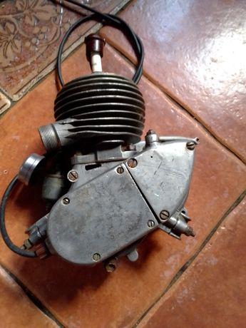 Двигатель д 5 дырчик