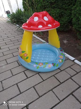Продам надувной бассейн