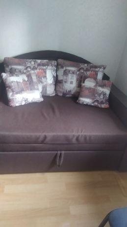 Продам выкатной диван. 1, 50шир на 2,000м
