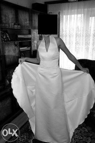 elegancka suknia ślubna na wzór JESUS PEIRO 140
