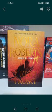 Nora Roberts Z krwi i kości