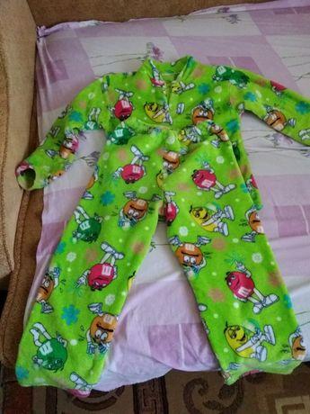 Продам теплую пижамку на девочку или мальчика