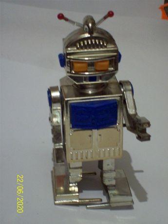 Робот раритетная игрушка из ссср
