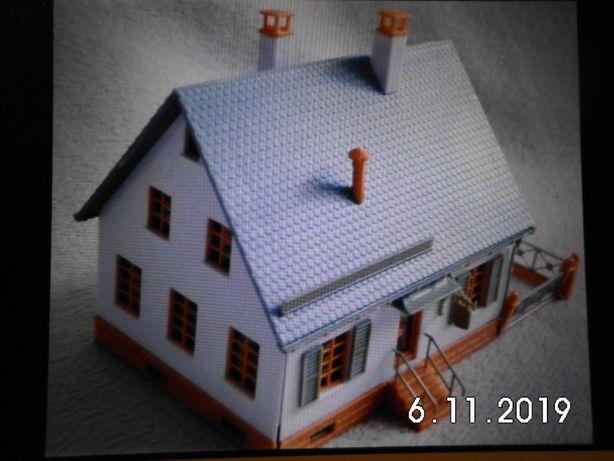 Domek biały ,do sklejania z instrukcją, makieta H0 skala 1:87 faller