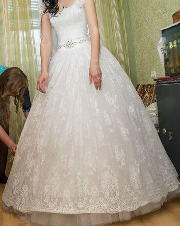 Весільна сукня!!
