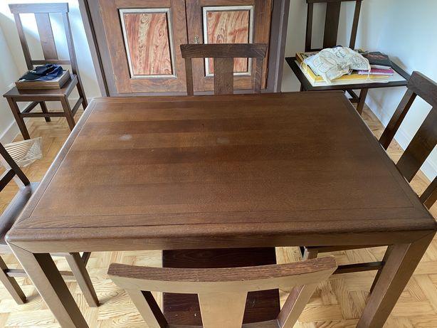 Mesa de jantar , seis cadeiras e mesa de centro