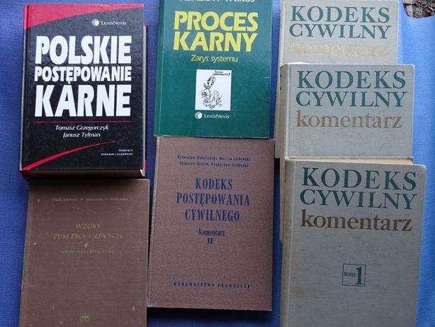 Książki o tematyce prawniczej.
