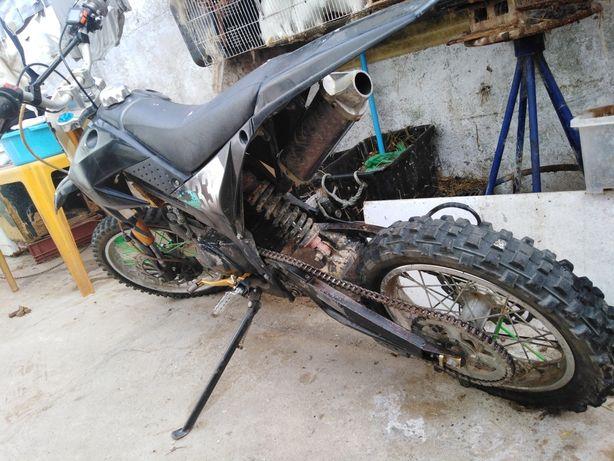 Pitbike 140cc em bom estado motor como novo