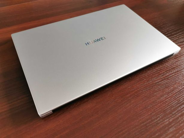 "Huawei MateBook D14 14"" AMD Ryzen 5 3500U | 8GB RAM"
