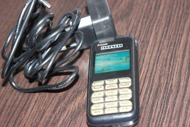 Мобильный телефон Alcatel. В 100% рабочим состоянии. Срочно!