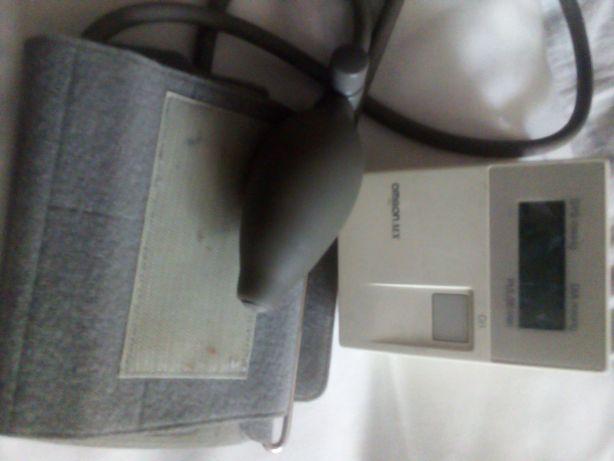 Тонометр, полуавтоматический прибор для измерения давления