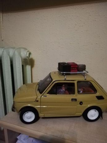 Fiat 126p maluch z przyczepa deagostini skala 1:8+ Bonus rodzinka, psy