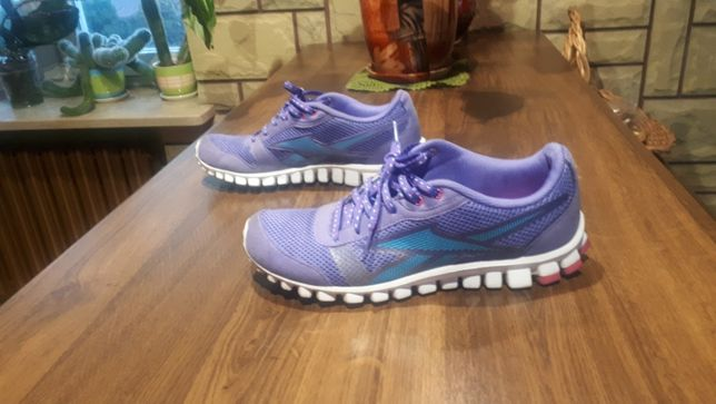 Sportowe fioletowe buty Adidas rozm. 38, 39 (długość wkładki 24,5 cm)