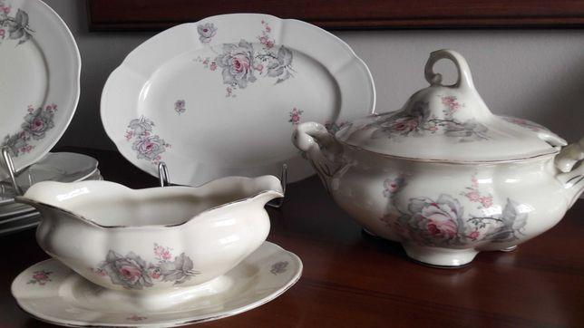Porcelana Kolmar przedwojenna Chodzież  serwis obiadowy