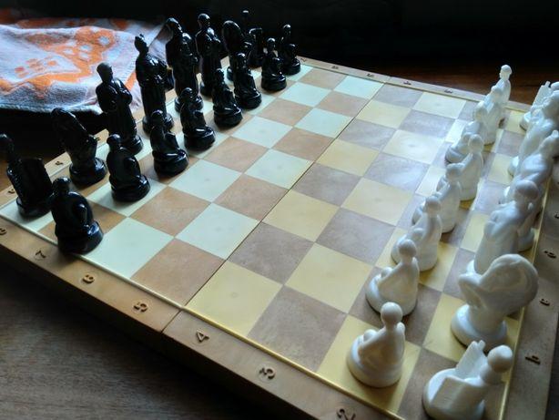 Шахматы сувенирные в украинском стиле времен СССР
