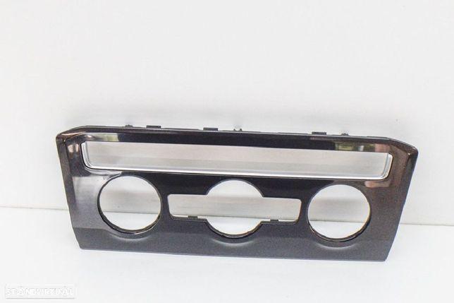 VW: 5NC820073A Tablier VW TIGUAN (AD1) 2.0 TDI 4motion