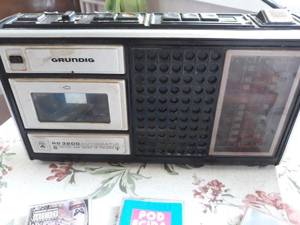 Radio-magnetofon PRL GRUNDIG kasety GRATIS
