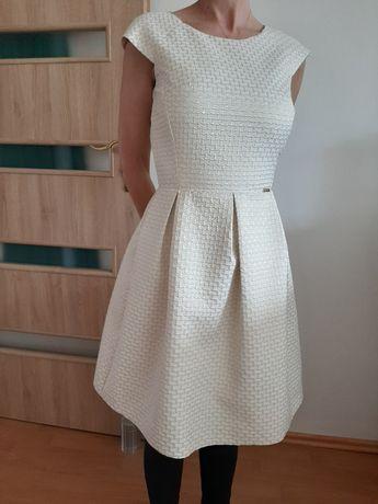 Sukienka r. 34         .