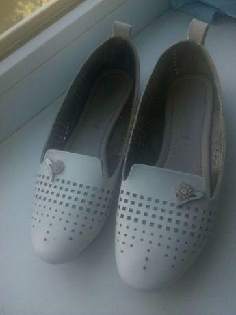 Кожаные туфли босоножки мягусенькие