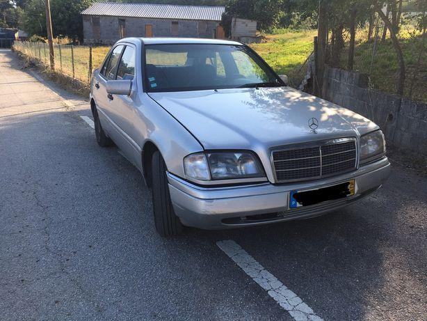 Mercedes C200 2.0d AVARIADO