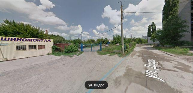 м. Ак. Павлова под бизнес или многоквартирный дом.