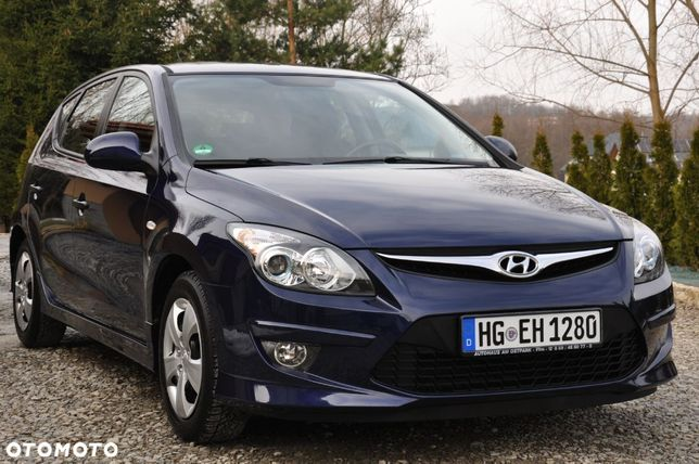Hyundai I30 1.4 MPI, Klimatronik, dwa komplety kół, super stan, bezwypadek!