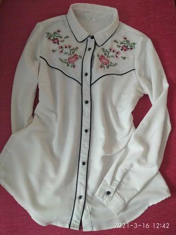 Biała koszula z motywem kwiatowym, r. 36