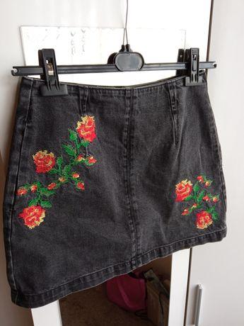 Top shop spódnica mini w kwiaty haftowana z zamkiem 38