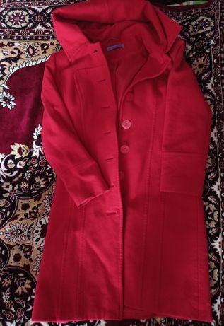 Продам кашемірове пальто (весна, осінь)