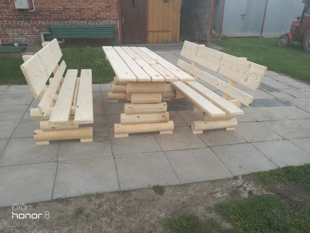 Meble ogrodowe. Komplet drewniane z BALI.