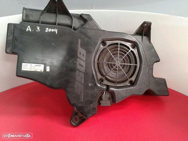 Subwoofer Audi A3 (8P1)