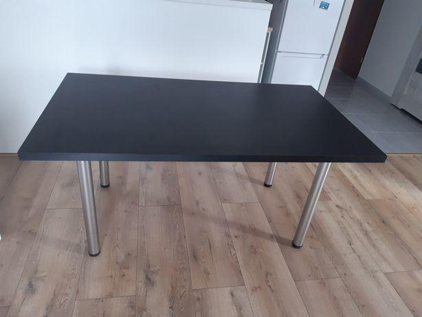 Stół do kuchnii lub salonu